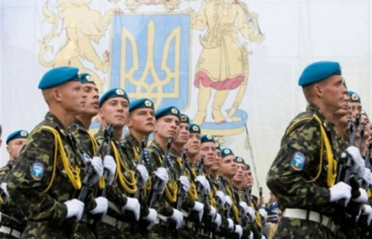 Мобілізованих харків'ян відправили у військові частини (ВІДЕО)