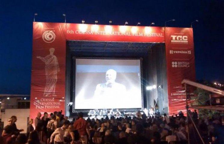 Привіт з минулого - на Потьомкинських сходах показ німого кіно зібрав 15 тисяч глядачів (ФОТОФАКТ)