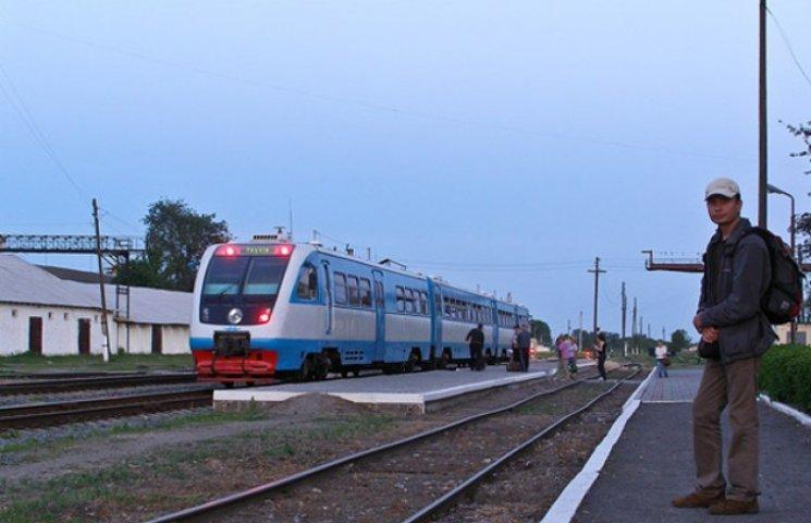 """На Сумщині замість потягів """"Укрзалізниця"""" може пустити автобуси"""