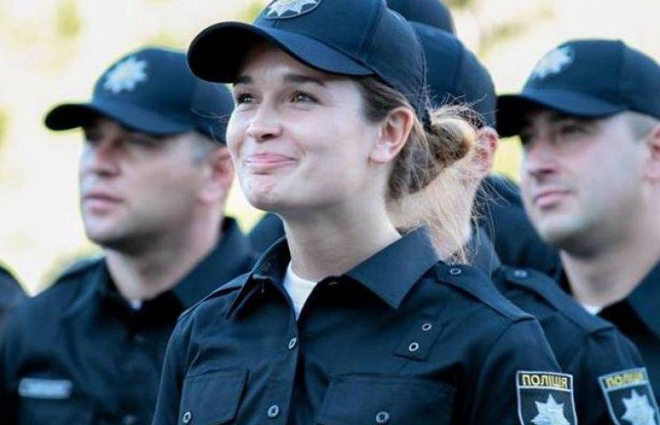 Зарплата нових поліцейських буде вдвічі більшою