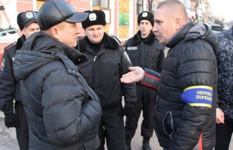 Успішна робота міліції Хмельниччини залежить від співпраці з громадою