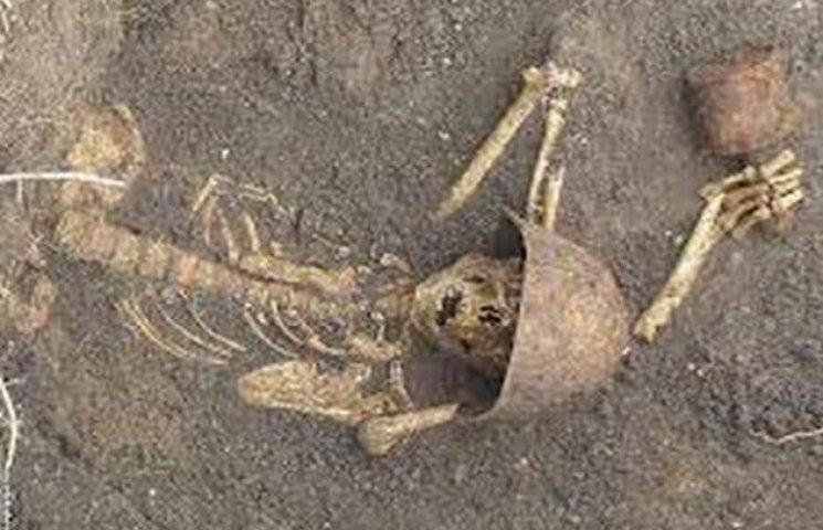 Останки невідомого солдата розкопали у Волочиському районі