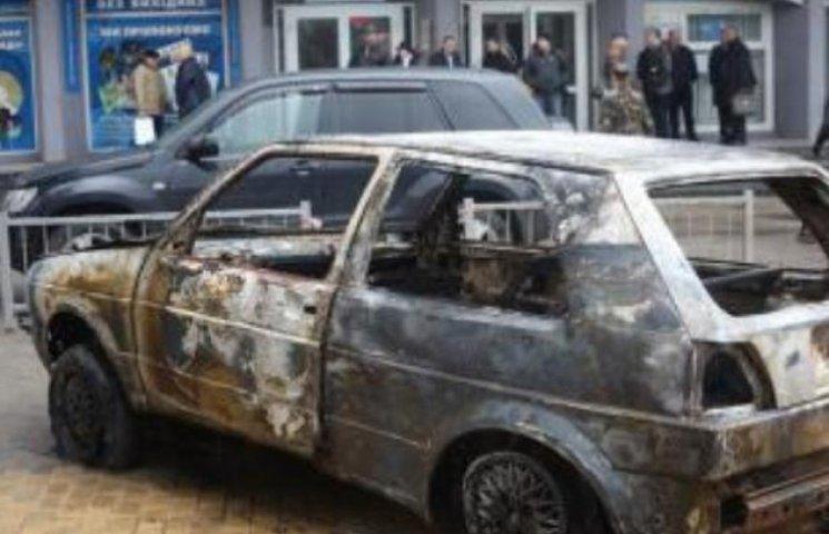 """Вінницький """"Автомайдан"""" виселяють з орендованого приміщення"""