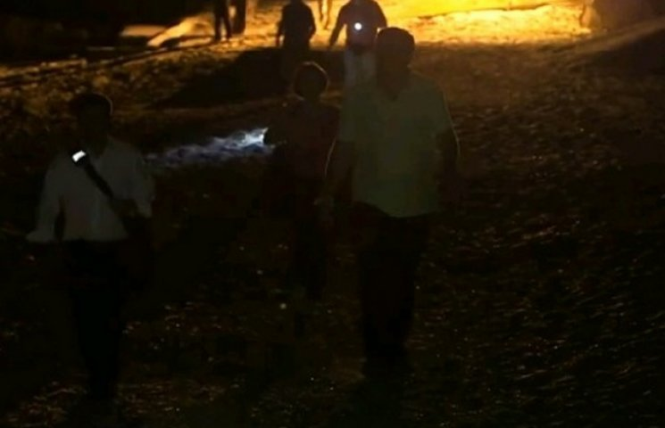Саакашвілі вночі доламав паркан київського олігарха