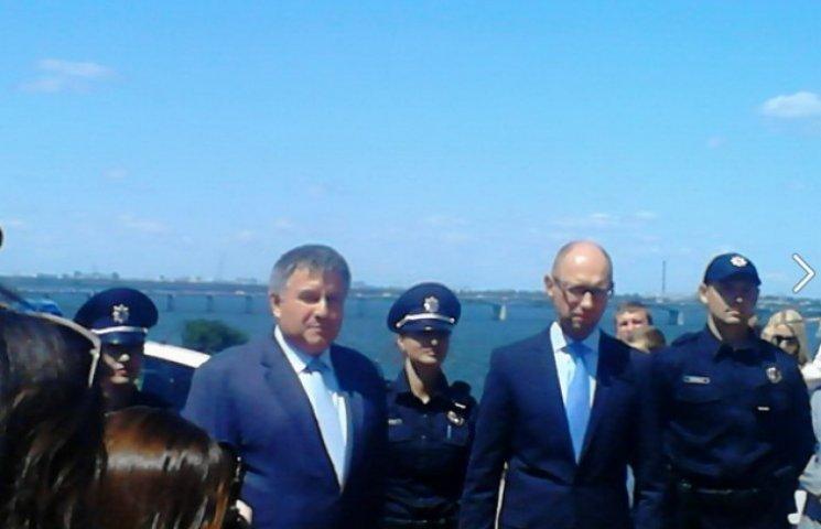 Аваков оголосив змагання між Києвом і Дніпропетровськом на створення річкової поліції