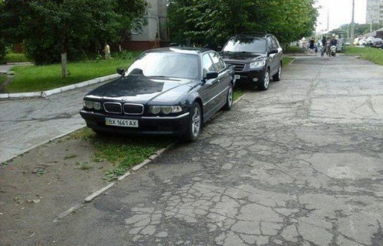 Культура автовласників у Хмельницькому залишається безкультурною