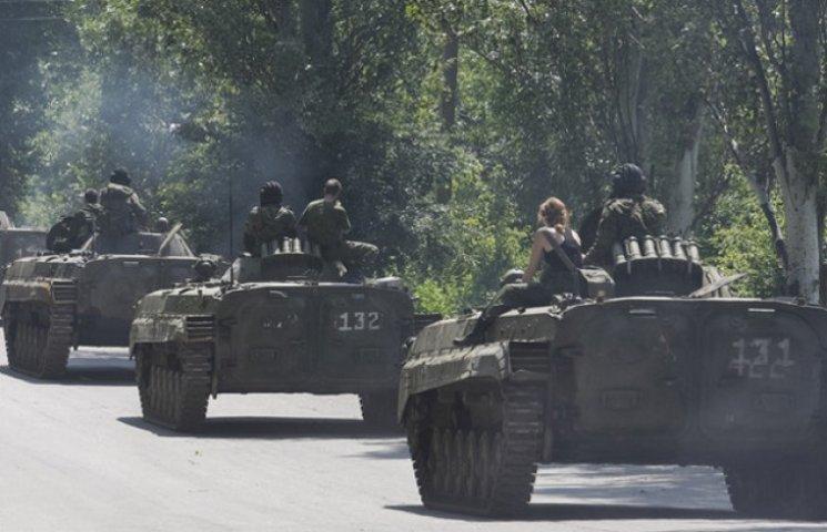 Мінськ-2: Росія відводить збройний кулак. Для удару?