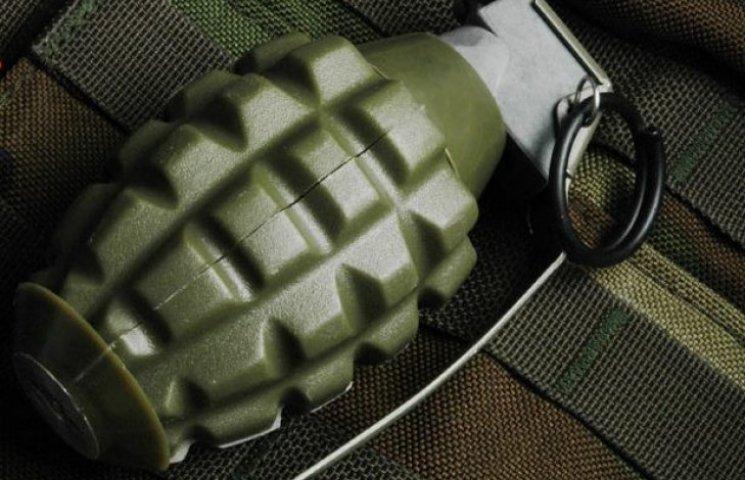 У Новосанжарському районі чоловік зберігав гранати