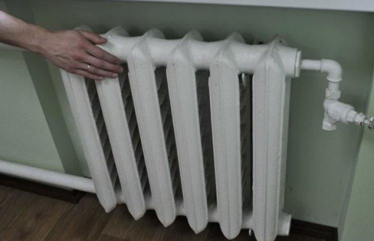 Три міста Дніпропетровщини через борги можуть залишити взимку без тепла