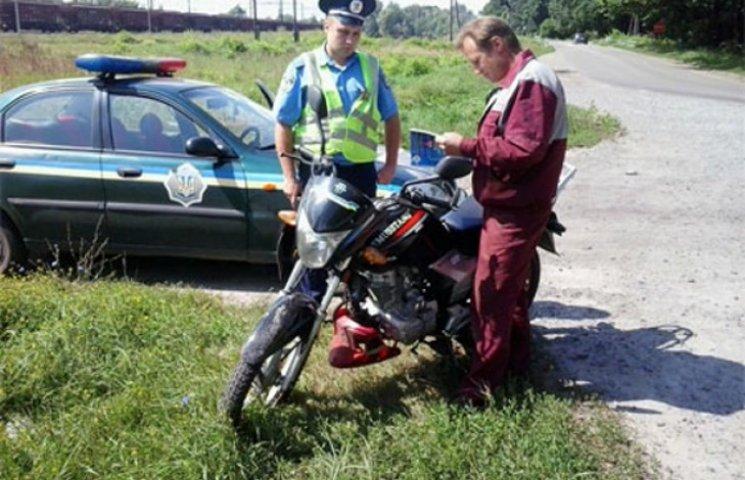 Сумські ДАІшники повчали мотоциклістів безпеці на дорогах