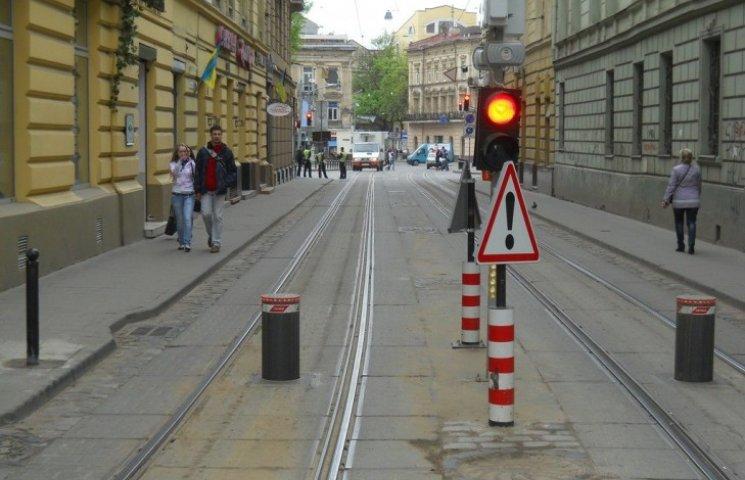 Боларди у Львові працюватимуть цілодобово