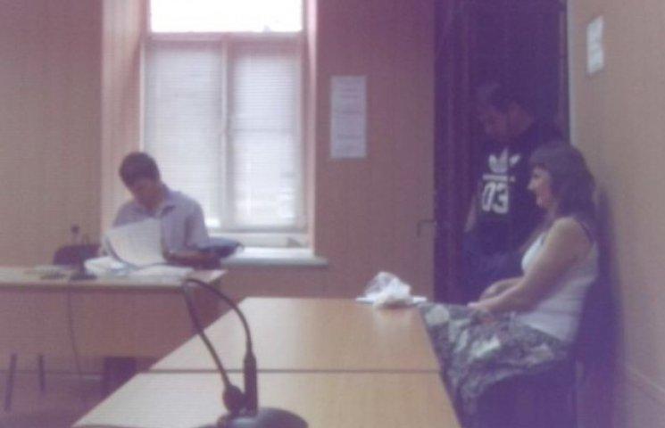 Побитий у Дніпропетровську майданівець вказав на одного зі своїх кривдників у суді