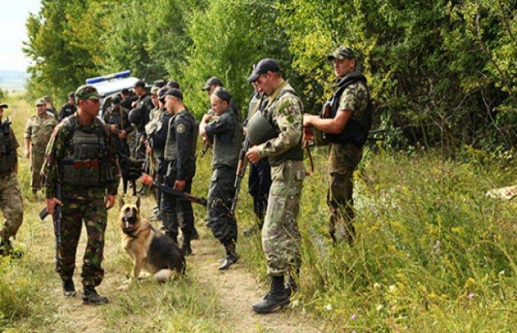 На Хмельниччині зек-втікач стріляв по міліції з відібраної зброї