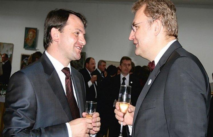 Львівські губернатор і мер розділять область на двох?