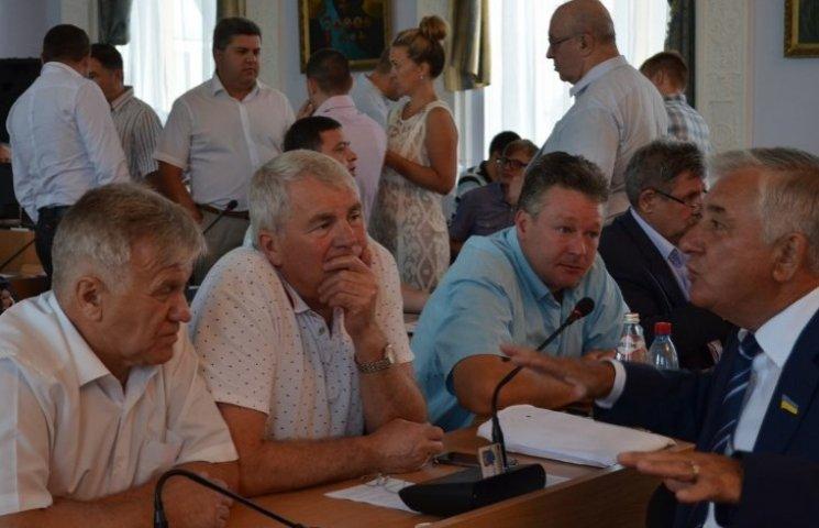 """Миколаївські депутати не підтримали """"опоблоківця"""" на посаду секретаря міськради"""