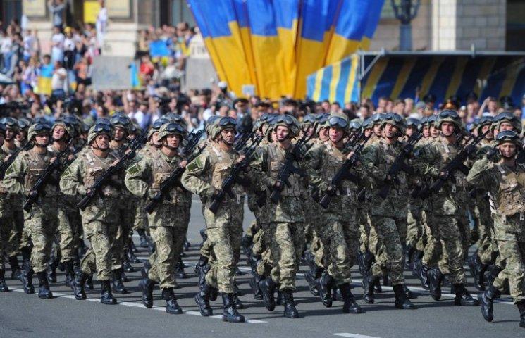Краса рятує Україну: ТОП-10 красенів-бійців АТО