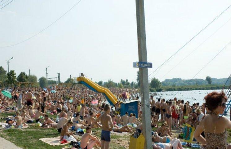 У Харкові можна купатися тільки на двох пляжах, - СЕС
