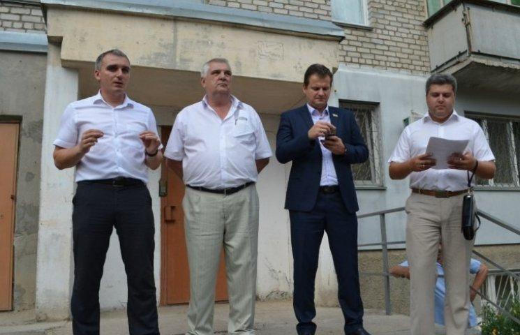 Мер Миколаєва вибачився, що прийшов до городян напідпитку