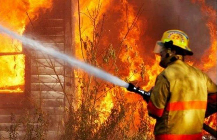 У Полтаві горіла 5-поверхівка: врятували 12 людей, четверо з них діти
