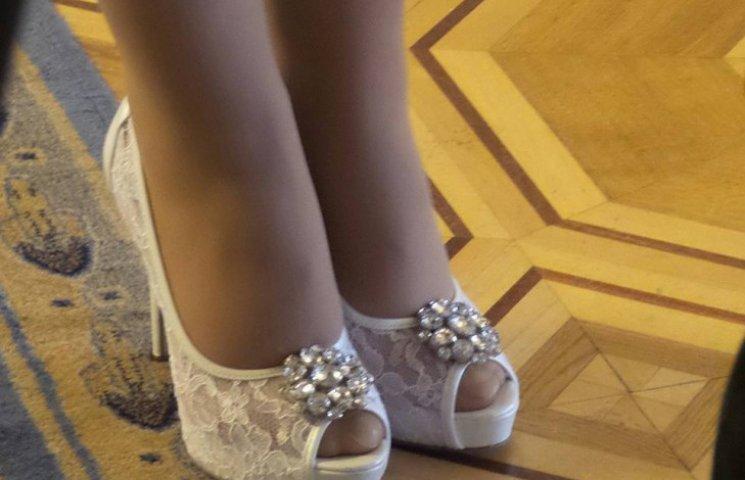 Тимошенко вбралася у Раду в звабливі черевики
