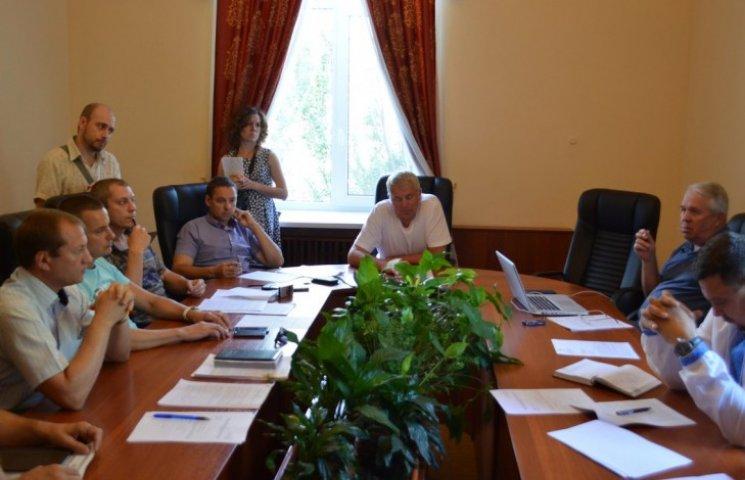 Миколаївські перевізники не хочуть вносити номери маршруток в угоди