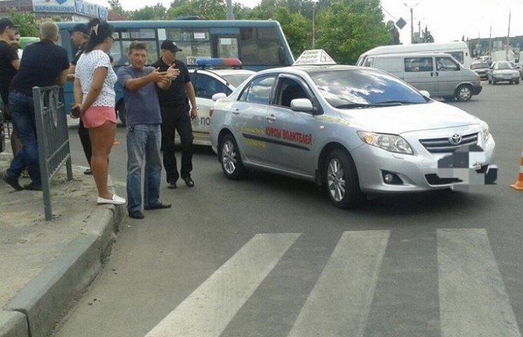 У Харкові копа покарали за ДТП з учбовим авто