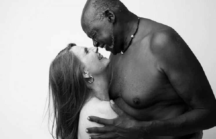 Фото голих 70-річних закоханих підірвали інтернет (ФОТО 18+)