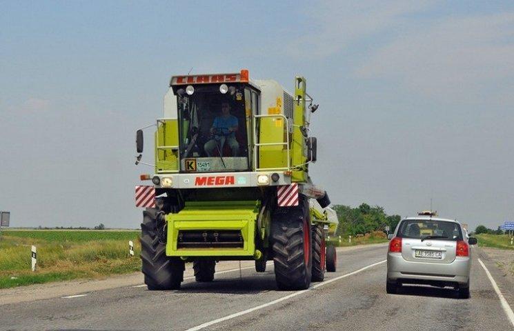 Поліція Хмельниччини жорсткіше контролюватиме рух габаритного транспорту
