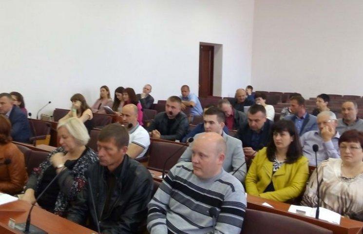 Через махінації на виборах, у Вінницькій райраді не знають кого зробити депутатом