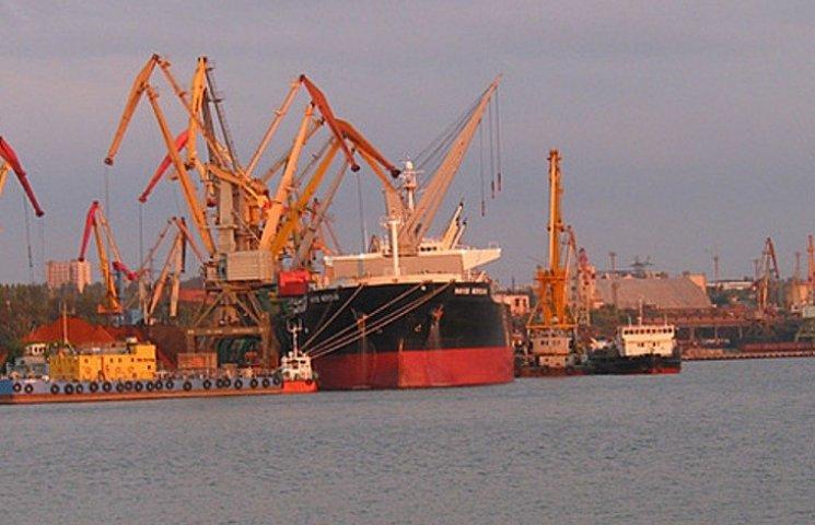 Миколаївський морпорт втричі  збільшив імпорт нафтопродуктів