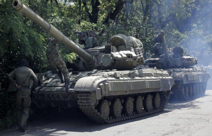 На Ровенщину стягивают танки (ФОТО)…