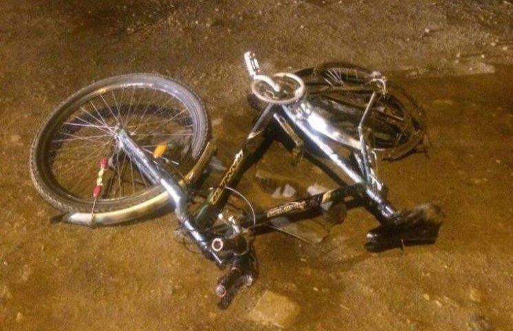 У Миколаєві Mitsubishi збив велосипедиста та втік
