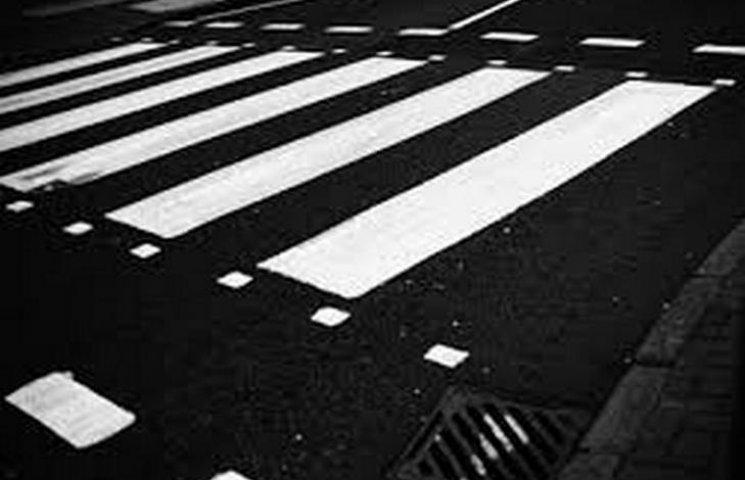 У Хмельницькому на пішоході травмували жінку