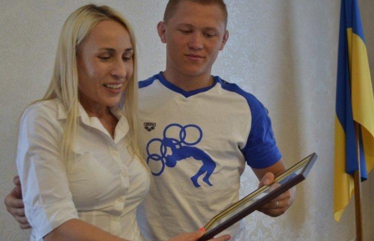 Влада пообіцяла вирішити житлове питання віце-чемпіона Європи з боротьби