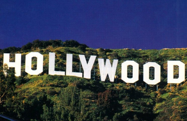 Деньги, самоубийство и авария: Как менялась вывеска Hollywood на протяжении века
