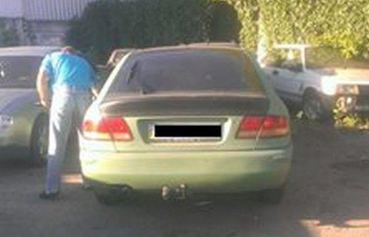 Хмельницькі патрульні натрапили на авто, що розшукували в Одесі