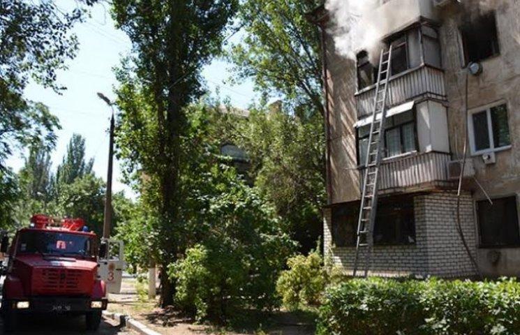 У Миколаєві через пожежу в багатоповерхівці евакуювали чотирьох людей