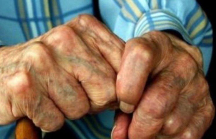 Двоє іноземців-нелегалів грабують та вбивають пенсіонерів на Полтавщині