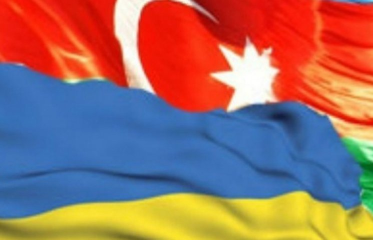 Порошенко договорился больше торговать с Алиевым
