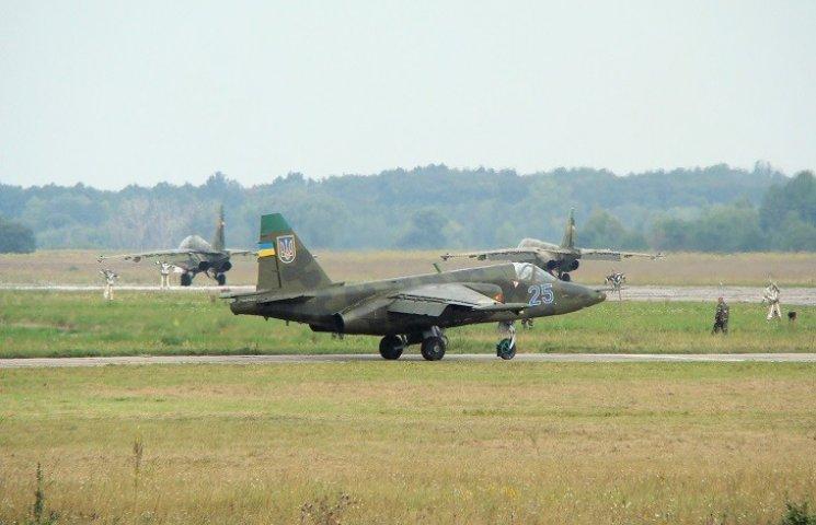 На Хмельниччині розбився військовий літак (ОНОВЛЕНО)
