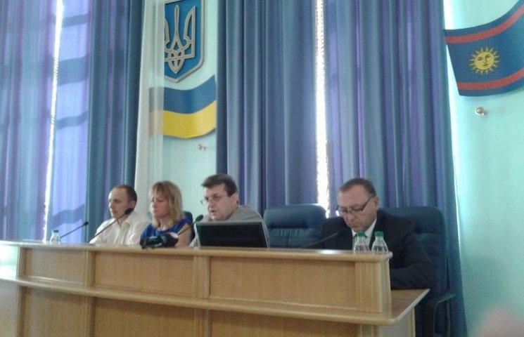 Депутати визначили, хто з вінничан має заслуги перед Вінниччиною