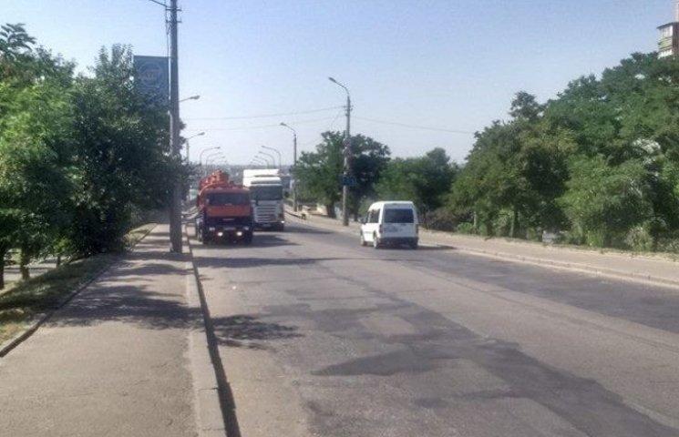 Миколаїв закрили від вантажівок до п
