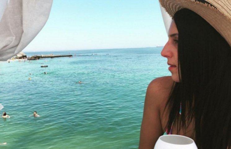 Як Джамала в купальнику розважалась в Одесі