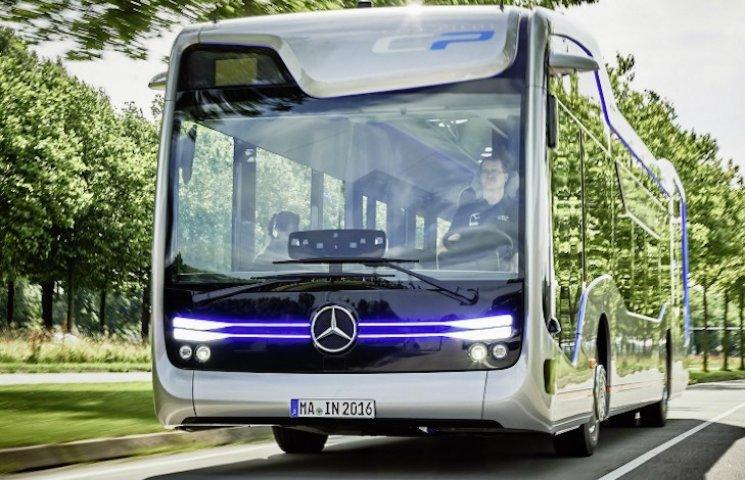 Mercedes показав громадський траспорт майбутнього