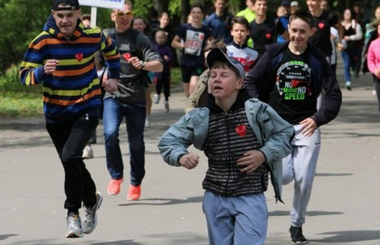 """В марафоні """"Я біжу заради життя"""" найбільше грошей зібрали вінничани"""