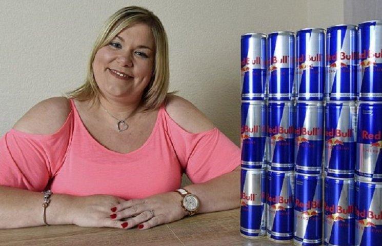 Жінка, яка витратила $25 тис. на Red Bull, ледь не померла
