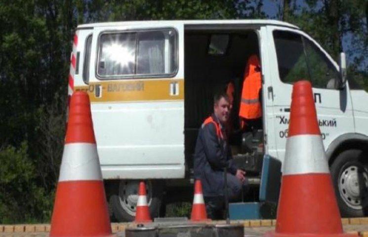 У жнива на Хмельниччині вантажівки порушують норми вагових параметрів