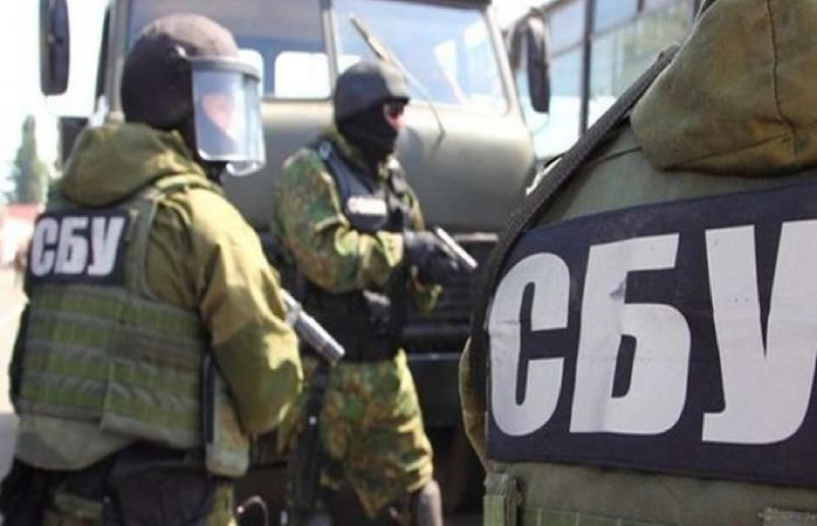 Хмельницькі СБУшники затримали інформатора терористів