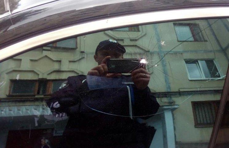 У Хмельницькому бабусі влаштували самосуд водію-порушнику