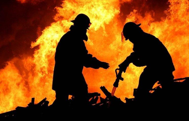 На Харківщині пожежні врятували від смерті чотирьох людей